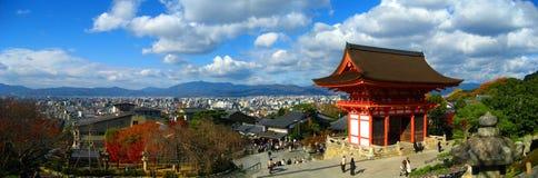 Templo de Kiyomizu-dera panorámico Foto de archivo libre de regalías