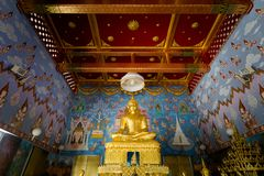Templo de Krabi Wat Kaew Korawaram imagen de archivo libre de regalías