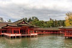 Templo de la capilla de Itsukushima en Miyajima Imagenes de archivo
