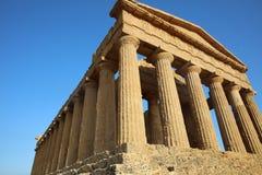 Templo de la concordia en el valle de templos en Agrigento Fotos de archivo