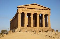 Templo de la concordia en el valle de templos en Agrigento Fotos de archivo libres de regalías