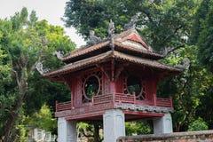 Templo de la literatura, la furgoneta Mieu, en el centro de Hanoai imagen de archivo libre de regalías