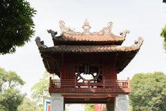 Templo de la literatura, la furgoneta Mieu, en el centro de Hanoai imágenes de archivo libres de regalías