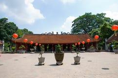 Templo de la literatura, Van Mieu, en Hanoi fotografía de archivo
