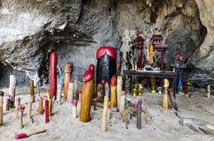 Templo de Lingam con símbolos fálicos de madera Fotos de archivo libres de regalías