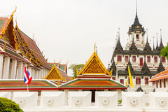 Templo de Loha Prasat - imagem Tailândia de Bhuda Fotos de Stock