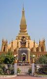 Templo de Luang do chapéu em Vientiane fotografia de stock