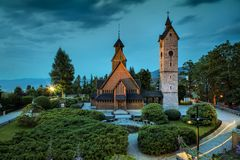 Templo de madera histórico Wang en Karpacz, Polonia imagen de archivo libre de regalías