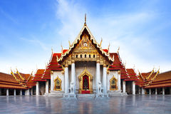 Templo de mármore (Wat Benchamabophit Dusitvanaram), atração turística principal, Banguecoque, Tailândia. Fotografia de Stock Royalty Free