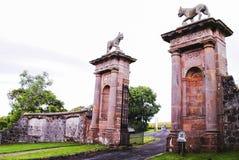 Templo de Museenden y heredad en declive imagen de archivo