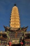 Templo de oro de la cumbre Imagenes de archivo