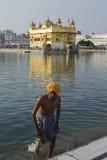 Templo de oro de Sri Harmandir Sahib, Amritsar, la India Imágenes de archivo libres de regalías