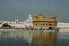 Templo de oro en Amritsar Foto de archivo