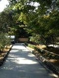 Templo de oro en Kyoto, parque Imágenes de archivo libres de regalías
