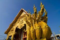 Templo de oro septentrional de Tailandia Imagen de archivo libre de regalías