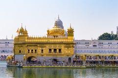 Templo de oro y x28; Harmandir Sahib& x29; en Amritsar, Punjab, la India foto de archivo libre de regalías