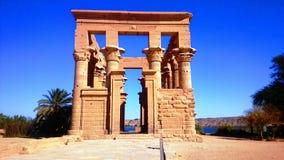Templo de Phaila debajo del sol en Asuán Egipto Fotos de archivo libres de regalías