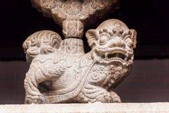 Templo de piedra Hong Kong de Lion Decoration Outside Man Mo Imagen de archivo libre de regalías