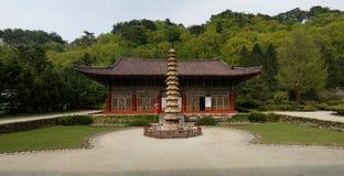 Templo de Pohyonsa, DPRK (Coreia do Norte) foto de stock