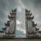 Templo de Pura Luhur Lempuyang em Bali foto de stock