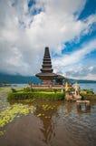 Templo de Pura Ulun Danu foto de stock royalty free