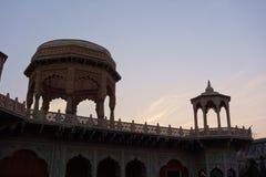 Templo de Rajasthan no crepúsculo Foto de Stock