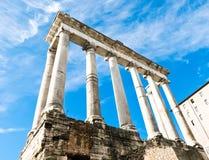 Templo de Saturno, romano de Foro, Roma Imagen de archivo