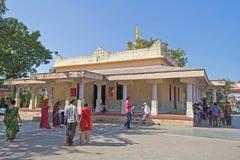 Templo de Shri Krishna en Bhalka Tirtha, Gujarat imagenes de archivo