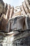 Templo de Sukhothai - de Wat Sri Chum - buddha na câmara Imagens de Stock Royalty Free