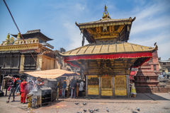 Templo de Swayambhunath en Kahtmandu, Nepal Foto de archivo libre de regalías