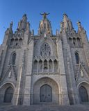 01/02/2019 templo de Tibidabo, Barcelona en la puesta del sol foto de archivo libre de regalías