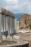 Templo de Trajan na acrópole de Pergamon Imagens de Stock