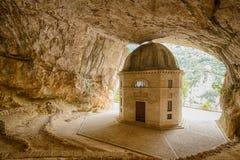 Templo de Valadier em Genga, Itália Fotos de Stock