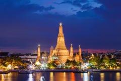 Templo de Wat Arun em Banguecoque Tailândia Foto de Stock