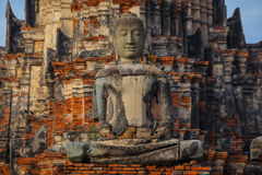Templo de Wat Chaiwatthanaram en Ayuthaya, Tailandia Foto de archivo