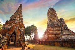 Templo de Wat Chaiwatthanaram en el parque histórico de Ayuthaya, un sitio del patrimonio mundial de la UNESCO Fotos de archivo