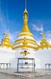 Templo de Wat Jong Klang na cidade de Mae Hong Son Fotografia de Stock Royalty Free