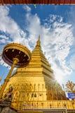 Templo de Wat Phra That Cho Hae Imagenes de archivo
