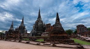 Templo de Wat Phra Sri Sanphet na cidade histórica de Ayutthaya, Tailândia foto de stock royalty free