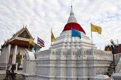 Templo de Wat Poramaiyikawas, kret de Pak, Nonthaburi Imagens de Stock