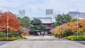 Templo de Zojoji en Tokio fotos de archivo