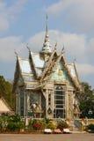 Templo del azulejo del espejo, Sattahip, Tailandia imagenes de archivo