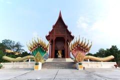 Templo del budismo la teca de la adoración en Tailandia Fotos de archivo libres de regalías