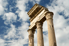 Templo del echador y de Pollux en el foro romano, Roma Fotos de archivo libres de regalías