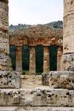Templo del griego clásico. Detalle. Imagen de archivo