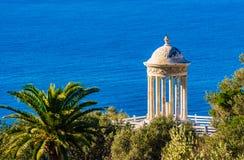 Templo del hijo Marroig en la costa de la isla de Majorca, España foto de archivo