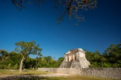 Templo del hombre barbudo, Chichen Itza, Yucatán, México Imagenes de archivo