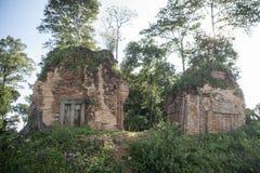 TEMPLO DEL KHMER DE CAMBOYA ANLONG VENG TRAPEANG Fotos de archivo libres de regalías