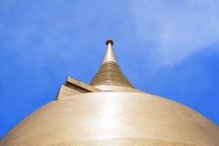 Templo del oro en Bangkok Fotos de archivo libres de regalías