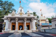Templo del Swami de Shree Nityanand, Ganeshpuri, Thane, Bhiwandi imagen de archivo